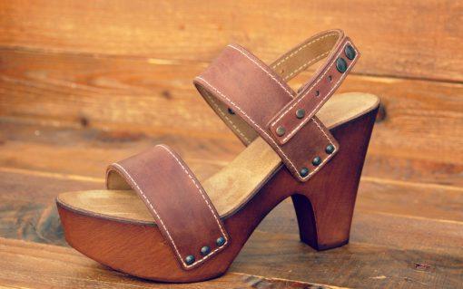 изработка на обувки